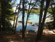 Romantická zátoka na ostrově Pašman.